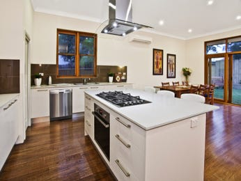 Modern, l-shaped kitchen designs with island bench in white