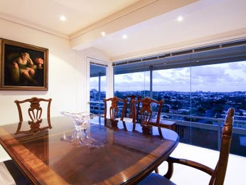 Photo of a dining room design idea from a real Australian house - Dining Room photo 7835645