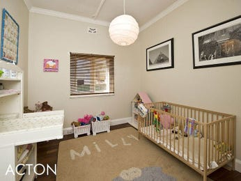 Children's room bedroom design idea with tiles & window seat using cream colours - Bedroom photo 354549