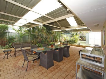 Outdoor living design with outdoor dining from a real Australian home - Outdoor Living photo 1453321
