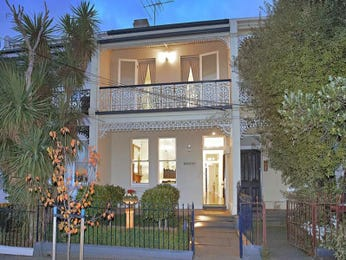 Concrete victorian house exterior with balcony & ground lighting - House Facade photo 286778