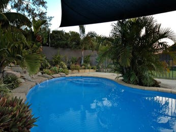 Landscaped pool design using stone with pool fence & latticework fence - Pool photo 990962