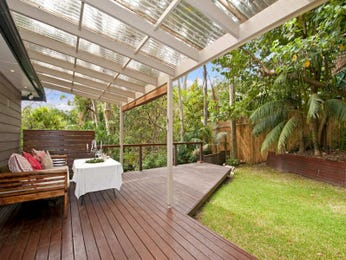 Low maintenance garden design using timber with outdoor dining & shade sail - Gardens photo 540826