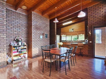 Photo of a dining room design idea from a real Australian house - Dining Room photo 8435469