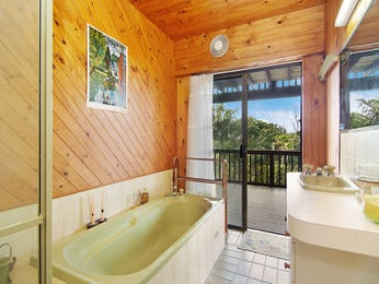 Granite in a bathroom design from an Australian home - Bathroom Photo 1549548