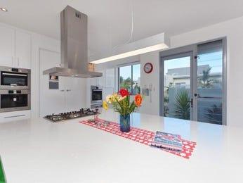 Classic single-line kitchen design using tiles - Kitchen Photo 1027597