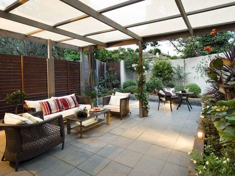 Outdoor entertaining areas ideas homes decoration tips for Backyard entertainment ideas