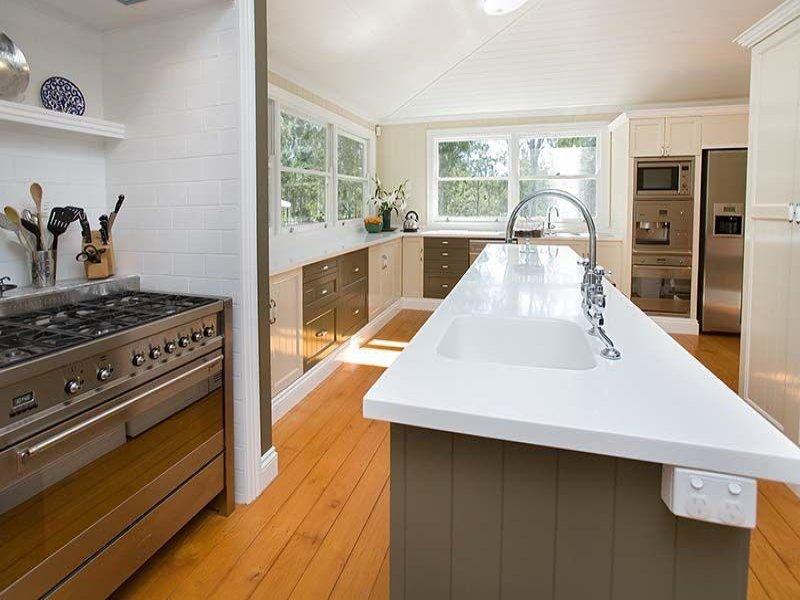 Floorboards In A Kitchen Design From An Australian Home Kitchen Photo 1219970