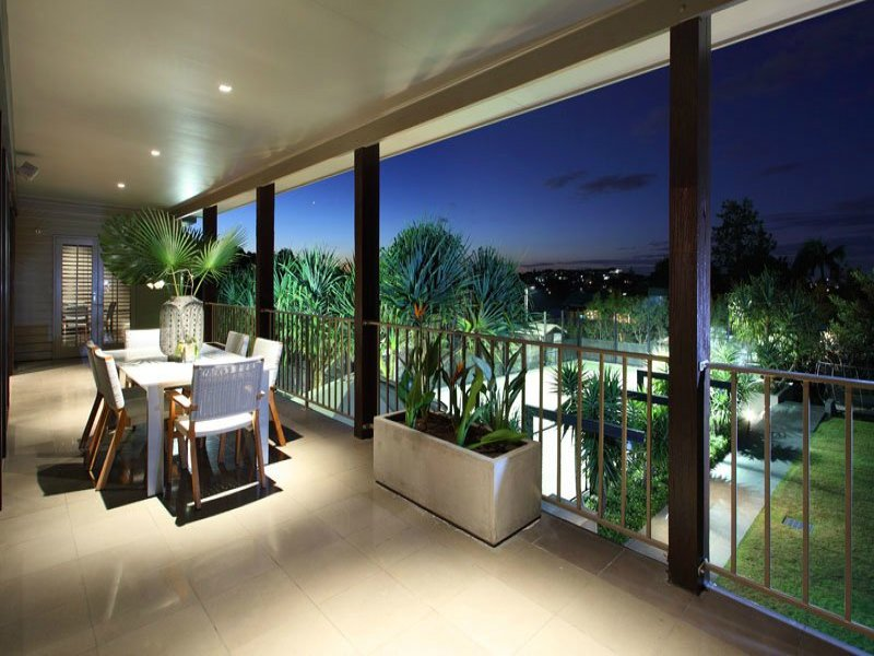 Enclosed Outdoor Living Design With Balcony Amp Decorative