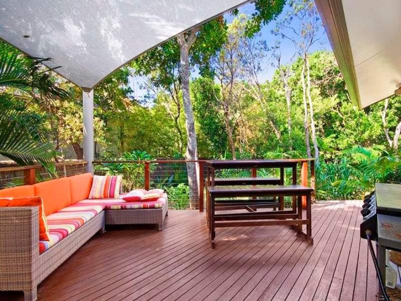 outdoor living design with bbq area from a real australian. Black Bedroom Furniture Sets. Home Design Ideas