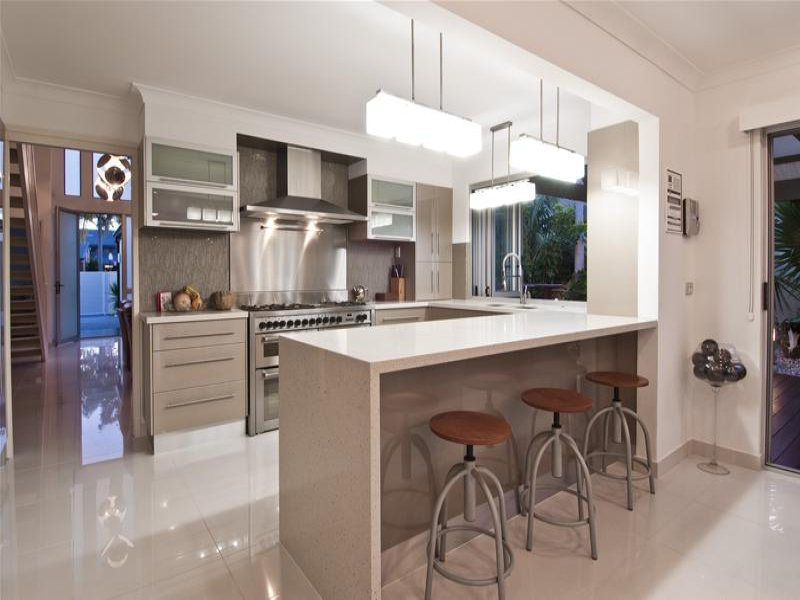 Country Island Kitchen Design Using Marble Kitchen Photo