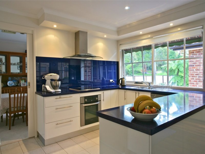 Photo of a kitchen design from a real australian house for Kitchen ideas real estate