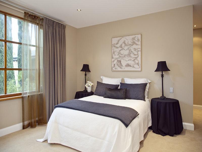 La stanza dei sogni 10 idee per arredare la camera da letto con stile - Come mettere i cuscini sul letto ...
