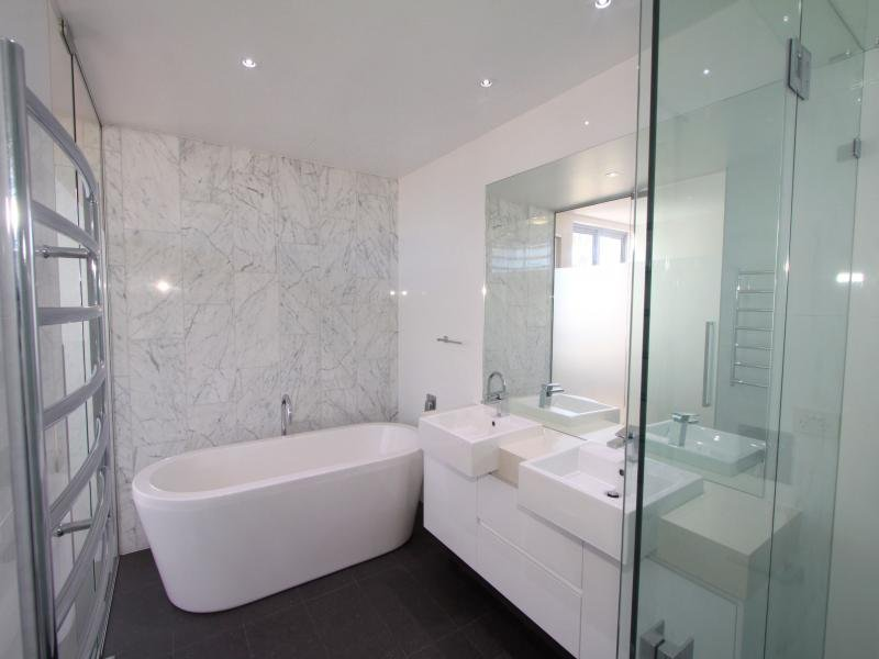 Cool Light Floor Tiles Dark Wall Tiles Modern Bathroom Design With