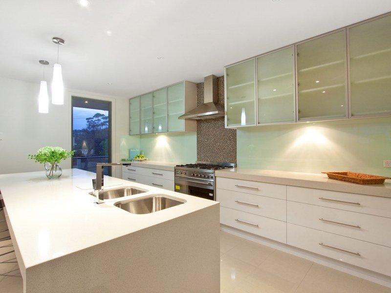 Modern open plan kitchen design using tiles kitchen for Kitchen design open plan