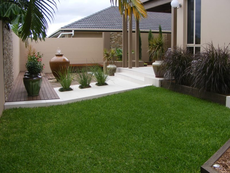 Photo of a native garden design from a real australian for Backyard design ideas australia