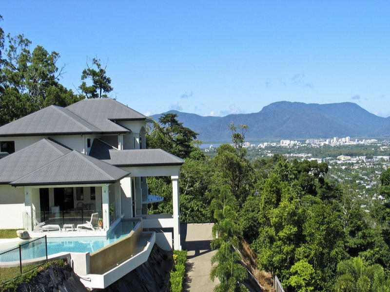 10 piscine sul terrazzo di casa for Progetti di piscine e pool house