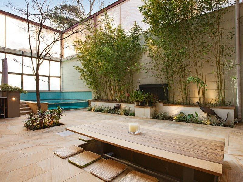 Photo of an outdoor living design from a real australian for Jardin zen exterior