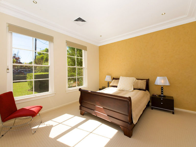 Modern Bedroom Design Idea With Tiles Window Seat Using
