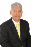 Trevor Fernandes, Ray White - Glen Waverley