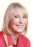 Sue Ellis (COO),