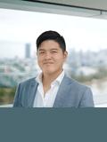Kelvin Lo,