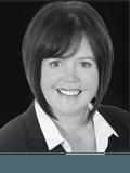 Lynda Hastings-Smith,