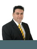 Giuseppe Larosa, Iconek Estate Agents