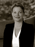 Nicolette van Wijngaarden, Unique Estates Australia - Sydney