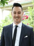 Dean Kamanis, Nicholas Scott Real Estate - Yarraville