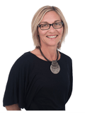 Julene Moore, James Dean Real Estate - TINGALPA