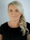 Julie Wallace, Remax Cairns -