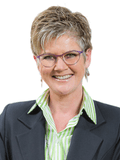 Juanita Kelly, Woodards - ELSTERNWICK