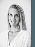 Nicole Abbott, Coastal Abode Properties - POTTSVILLE
