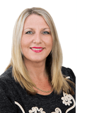 Lisa Webb, Remax Island Properties - BELLARA