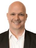 Iain Simms, Henzells Agency - Caloundra