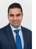 Sumit Khatri, Harcourts Brock Estates (Luxury Property Selection) - RLA 264251