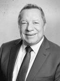 Wayne Rogers,