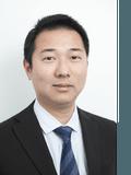 Dennis Zhang, Macland