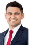 Andrew Ferreri, Professionals - Taylors Lakes