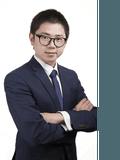 Yu Wang,