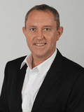 Stuart Lovell, Professionals - Cairns South