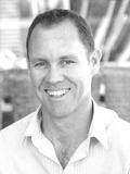 Steve McDade, Kindred