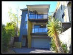 22 Orchard Terrace, St Lucia, Qld 4067