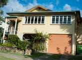 8 Fisher Avenue, Southport, Qld 4215