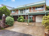 8 Blue Bell Drive, Wamberal, NSW 2260