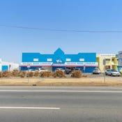 403 Yaamba  Road, Park Avenue, Qld 4701