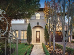 1/13 Carrington Grove, Brighton East, Vic 3187