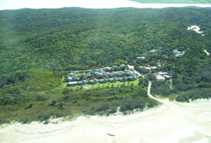 16 & 17 Williams  Avenue, Fraser Island, Qld 4581