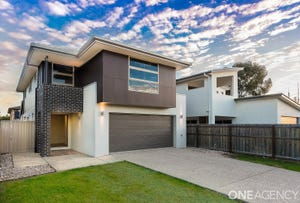 109 Eversleigh Road, Scarborough, Qld 4020
